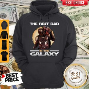 Pretty The Mandalorian And Baby Yoda The Best Dad In The Galaxy Hoodie