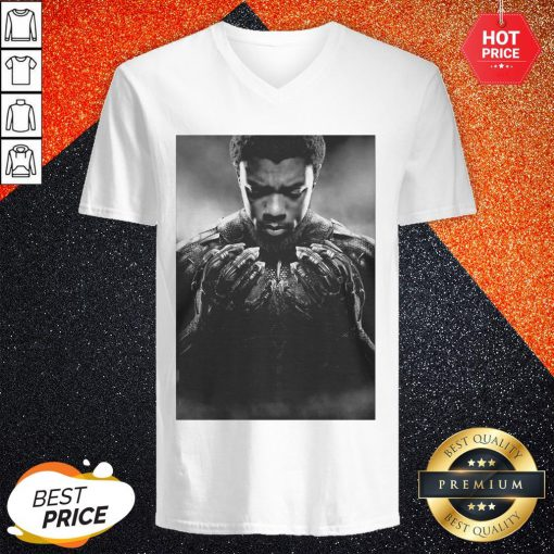 Cool Chadwick Boseman Black Panther 1977 2020 Thank You For The Memories Signature V-neck