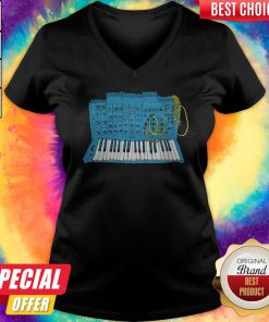 Official Synthesizer Blue Machine V-neck