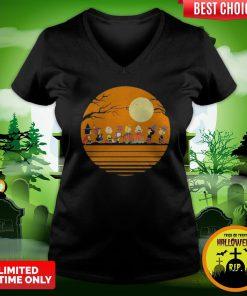 Pro Halloween The Peanuts Moon Vintage Retro V-neck