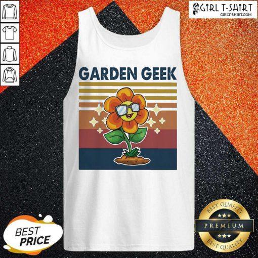 Garden Geek Sun Flower Happily Vintage Tank Top - Design By Girltshirt.com