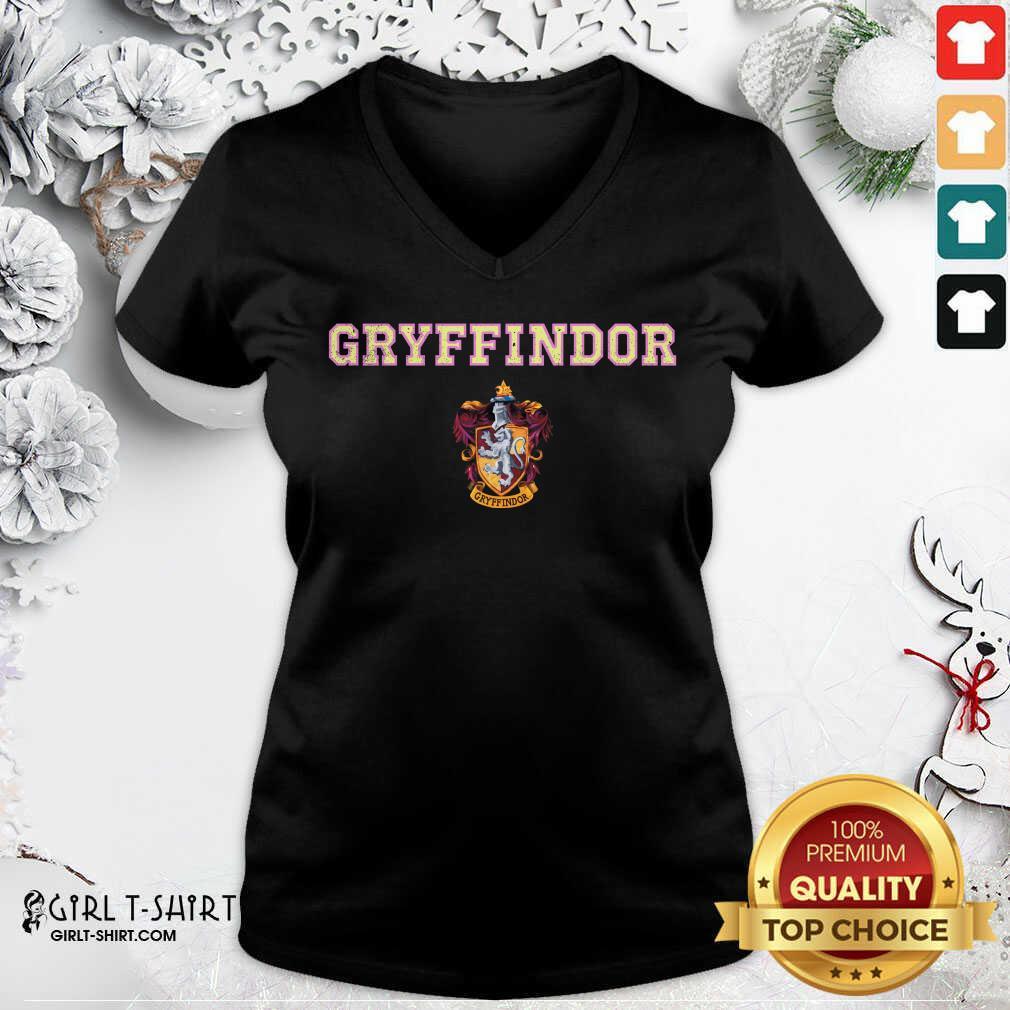 Gryffindor V-neck - Design By Girltshirt.com