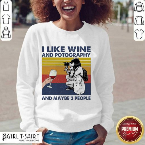 I Like Wine And Potography And Maybe People Vintage V-neck - Design By Girltshirt.com