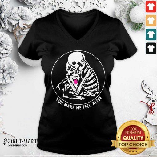 Skeleton Hug German Shepherd You Make Me Feel Alive V-neck - Design By Girltshirt.com