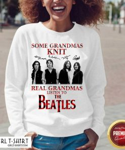 Some Grandmas Knit Real Grandmas Listen To The Beatles Signatures V-neck-Design By Girltshirt.com